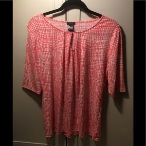 💙2 for $20 💙 Ann Taylor Peach/White Pattern Top